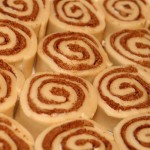 Uncooked_cinnamon_roll_buns,_March_2010