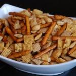 gluten-free-snack-mix